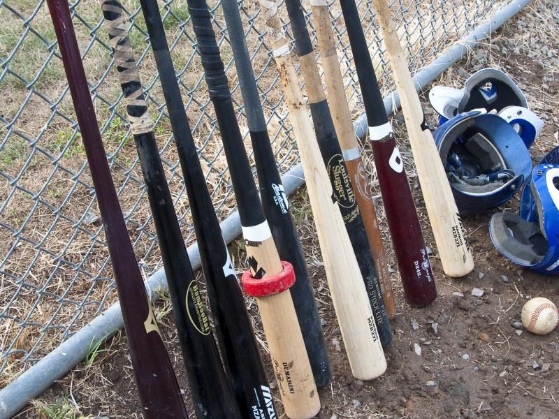 aluminum v wooden baseball bats